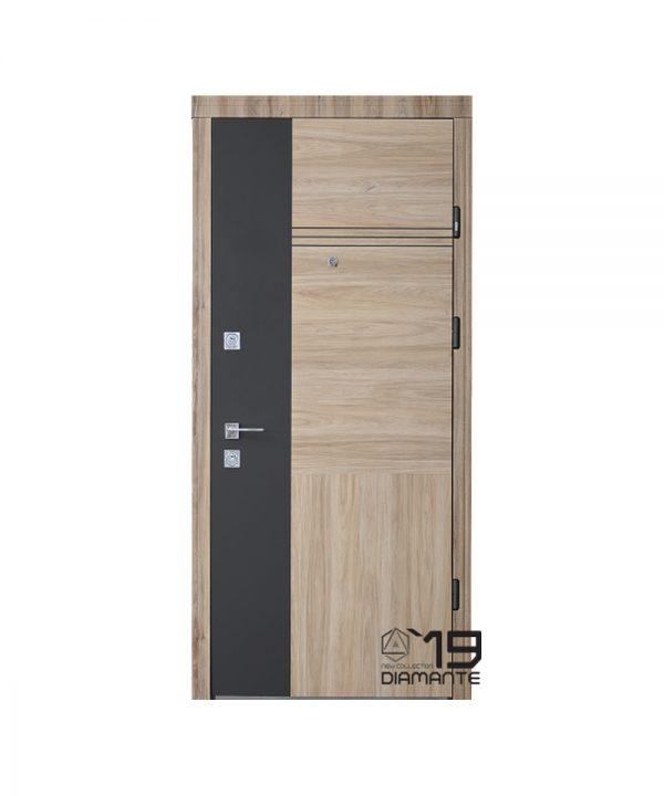 Входная дверь Страж Модель Estela