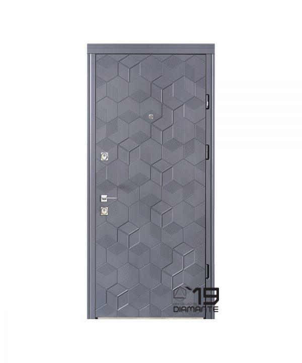 Входная дверь Страж Модель Maristella
